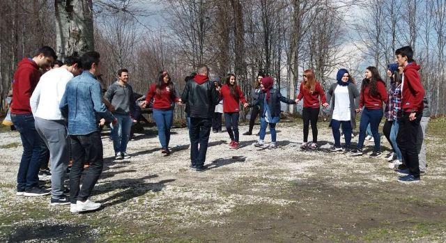 Trabzonlu Gençler Kartepe'de stres attı