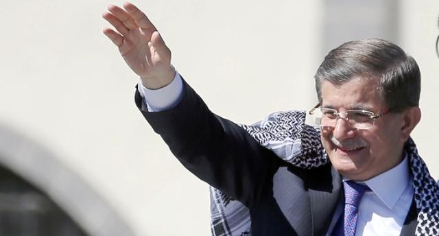 Başbakan Davutoğlu'ndan Diyarbakır'a müjde