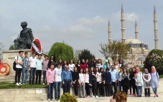 Tes-İş Anadolu Lisesi Serhad Şehrini Ziyaret Etti