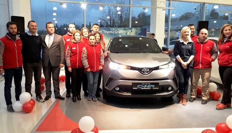 Toyota C-HR Sakaryalı Otomobil Tutkunlarıyla İlk Kez Buluştu