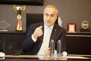 Türkiye İçin Üretmeye Ve Başarılı Olmaya Mecburuz