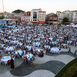5 Bin Kişi Gönül Sofrası'nda İftar Yaptı
