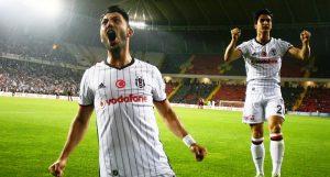 Beşiktaş Süper Lig'de 15. Şampiyonluğunu Kazandı