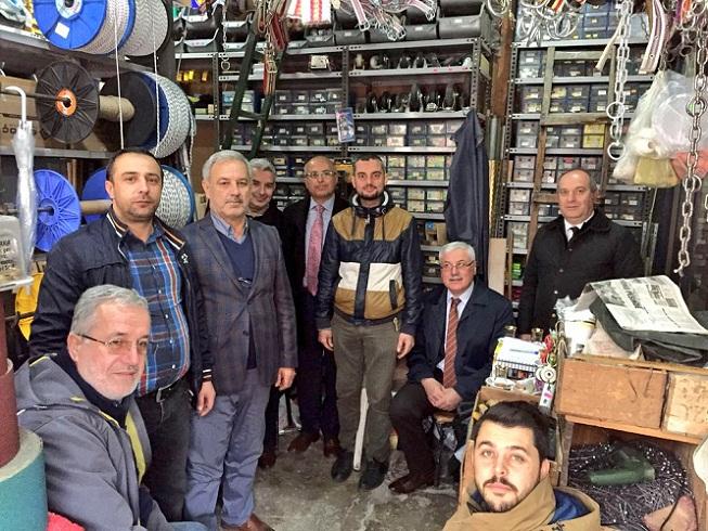 Ak Parti Adapazarı İlçe Teşkilatından Çat Kapı Esnaf Ziyareti
