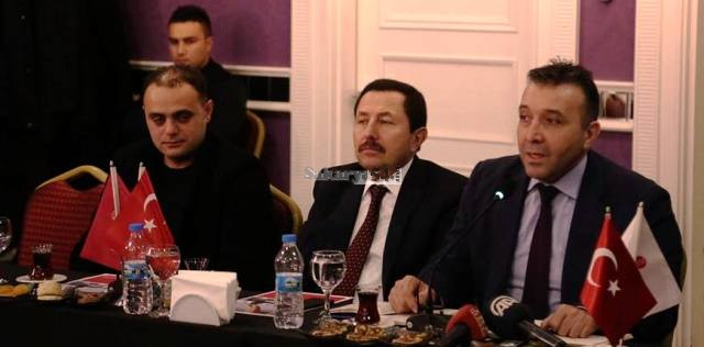 Vali Balkanlıoğlu Sakarya Düşünce ve Dayanışma Platformu Toplantısına Katıldı