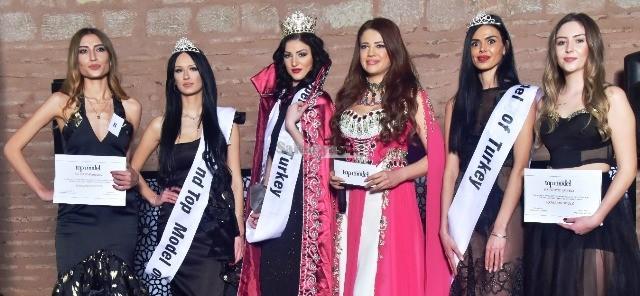 Merve Akkanat Türkiye'nin Tecilli Top Modeli oldu