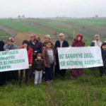 ÇİFTÇİLER  Organize Sanayi Bölgesine Topraklarını vermemek için Ayaklandı