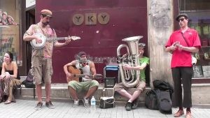 Müzik Canını Sokakta Bulur