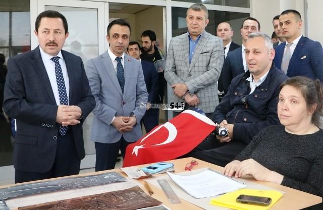 Vali Balkanlıoğlu Yüzme Müsabakaları Programına Katıldı