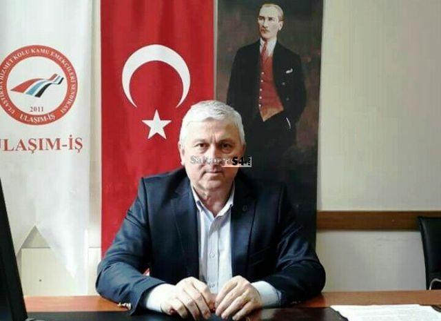 Türk-İş Gömleğin ilk düğmesi  yanlış deliğe iliklenmiş