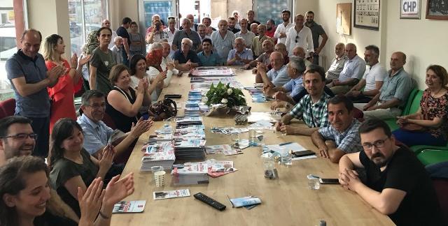"""Özkoç Geyve'de Çiftçilere Söz Verdi:  -""""Çiftçiye Mazot, 3 Lira Olacak"""""""