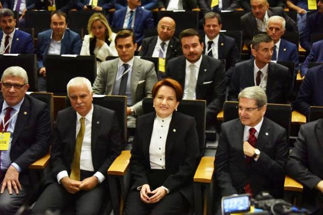 Meral Akşener, yeniden İYİ Parti Genel Başkanı seçildi