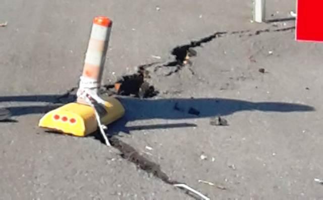 Boğazköy Mahalle yolları  Çökmüş  Çökmüş  Çökmüş