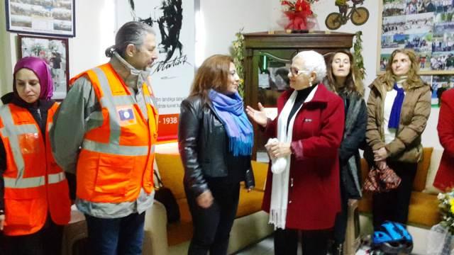 5 Aralık Dünya Kadın Hakları Günü Yağmura rağmen kutlandı