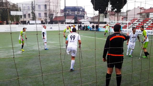Sakarya Ampute Engelliler Spor Kulübü İlk yarının son maçını Galibiyetle kapadı