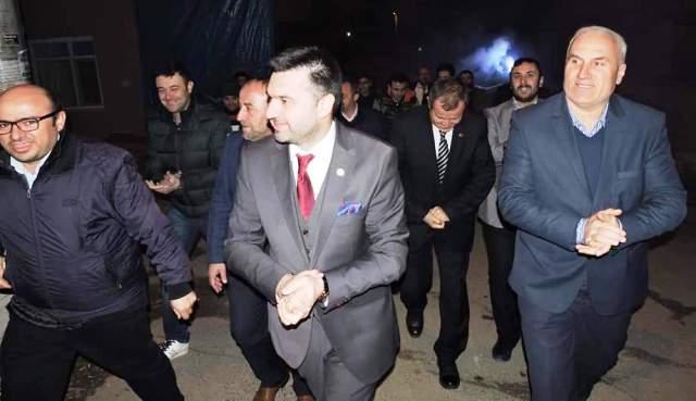 Pamukova Belediye Başkan Adayı İbrahim Güven Övün'Pamukova bize güveniyor '