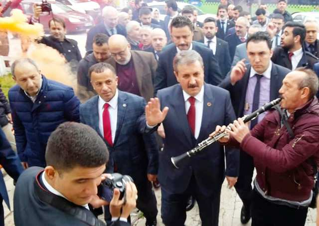 """BBP  Genel Başkanı Mustafa Destici"""" Bir bina durup dururken neden çöker?"""