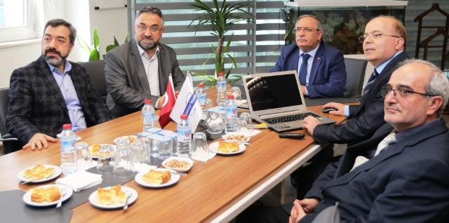 Vali Ahmet Hamdi Nayir, Teknokent'te incelemelerde bulundu.