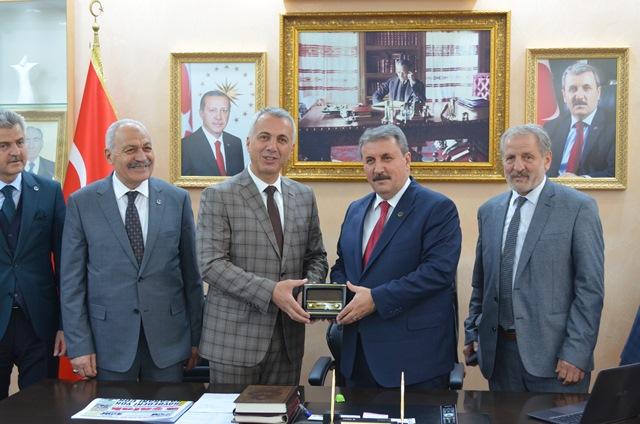 Destici Babaoğlu'nu Tebrik ,Hendek Halkına 'da Teşekkür Etti