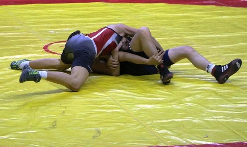 Gençler Grekoromen Güreş Türkiye Şampiyonası, Sakarya'da başlıyor.