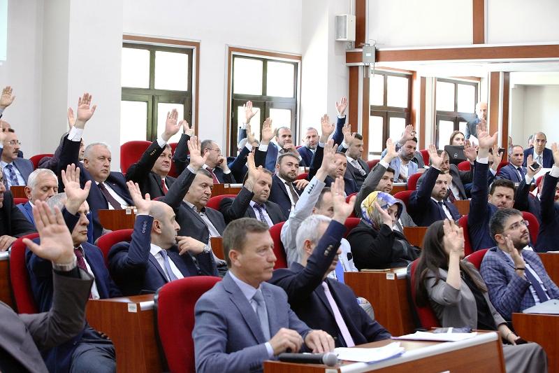 Sakarya Büyükşehir Meclisi 1 saatte Her maddeye evet dedi