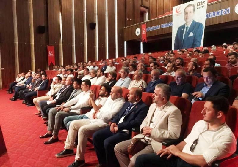 Yeniden Refah Partisi Sakarya İl Divan Kurulu Toplantısı geniş bir katılımla gerçekleşti