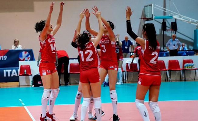 Avrupa Voleybol Şampiyonası'nda şampiyon Türkiye!