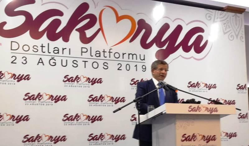 """Ahmet Davutoğlu, """"Kim ne derse desin bu gidişe itirazımız var"""""""