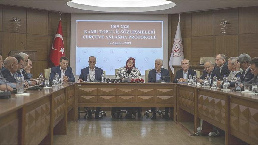 Hükümet ile TÜRK-İŞ, kamu işçisinin 2019-2020'deki Toplu İş Sözleşmesi üzerinde anlaştı.