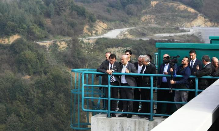 İBB Başkanı Ekrem İmamoğlu Kocaali İlçesi'ndeki Melen Barajında incelemelerde bulundu