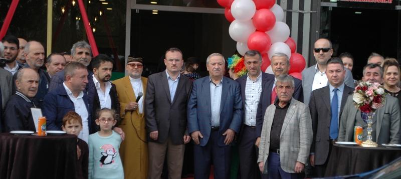 Hanedan Sofrası, büyük bir katılımla açıldı.