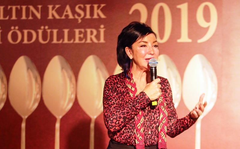 """Mutfak Dostları Derneği, """"Altın Kaşık Gastronomi Ödülleri""""ni, 10 kategoride sahipleri ile buluşturdu."""