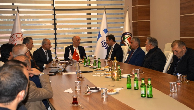 TÜRK-İŞ Genel Başkanı Ergün ATALAY,  İŞKUR Sakarya İl Müdürlüğünü Ziyaret etti