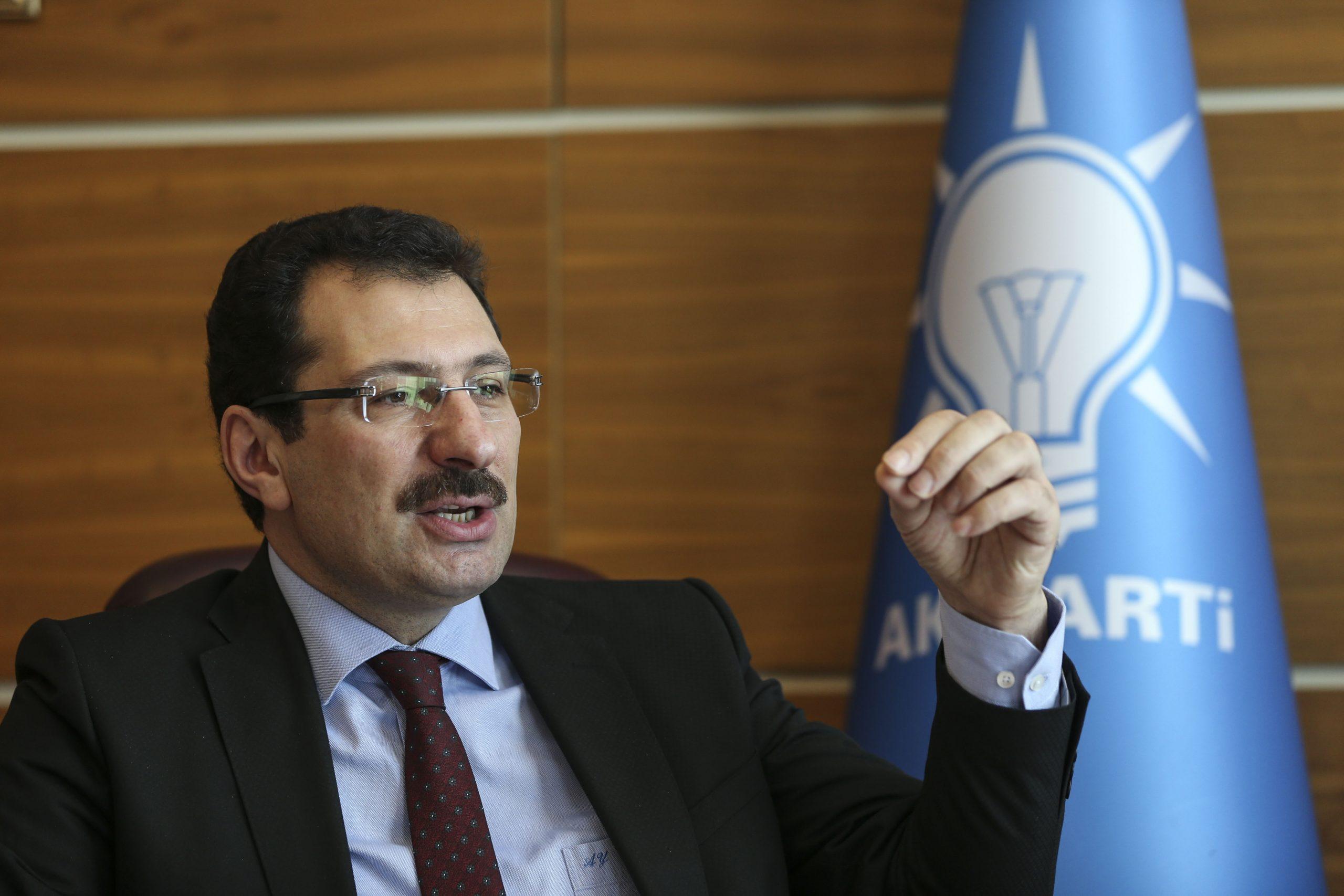 Ali İhsan Yavuz Kovid-19 ile mücadele de Alınan kararlara mutlaka uymalıyız.