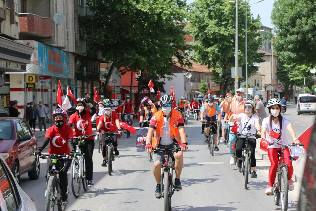 19 Mayıs Atatürk'ü Anma Gençlik ve Spor Bayramı'mızı vatandaşlarımızla kutladık.