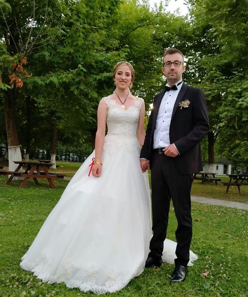 Cemre Nur & Alperen  Sapanca'da Muhteşem bir kır düğünü ile Dünya evine girdi