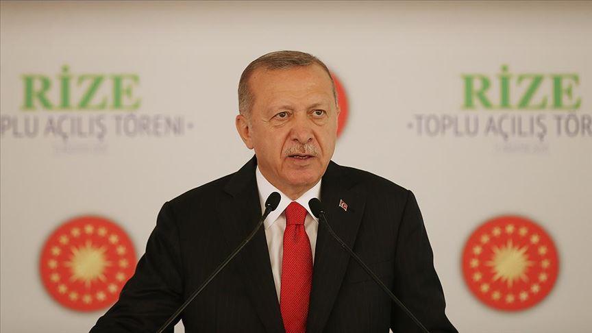 Türkiye Cumhurbaşkanı Recep Tayyip Erdoğan, Rize'de toplu açılış törenine katıldı.