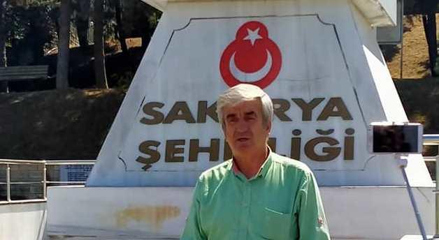 Merkez Parti Teşkilat Başkanı Hüsnü Döğer Sakarya Şehitliğini ziyaret etti