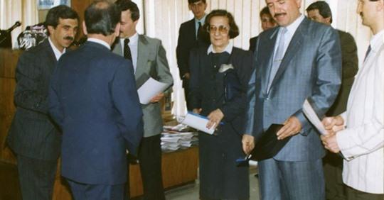 Atatürk Lisesi Eski Müdürü Sevinç Azer vefat etti