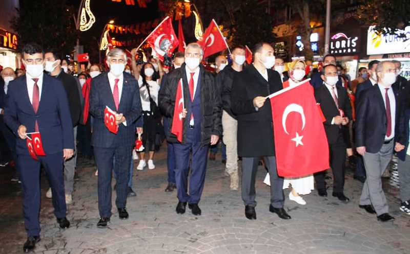Sakarya'da Cumhuriyet Bayramı Coşkuyla Kutlandı