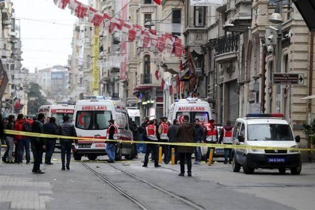 İstiklal Caddesi'nde sessizlik ve hüzün var