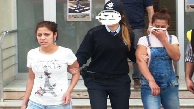 Evlere girip hırsızlık yapan 2 kız tutuklandı