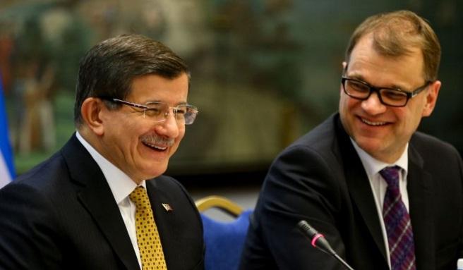 Davutoğlu, Finlandiya-Türkiye İş Forumu'na katıldı