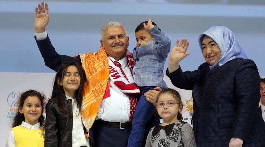 Binali Yıldırım 1405 oyla yeni genel başkan seçildi!