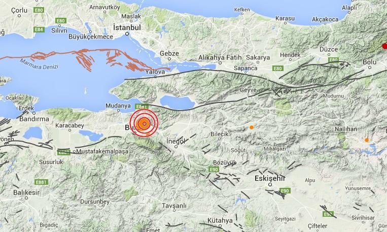 Deprem Bursa'da büyük panik yarattı
