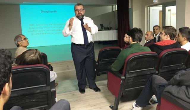 Prof. Dr. İbrahim İlker Özyiğit'e  Sakarya'dan Övgü Yağdı