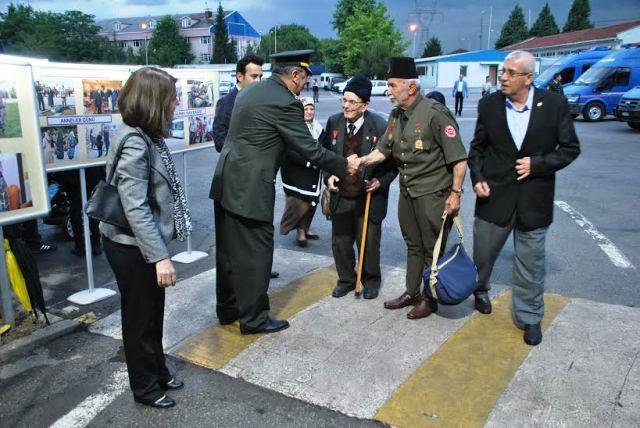 Jandarma Komutanlığında  İftar yemeğine 1500 kişi katıldı