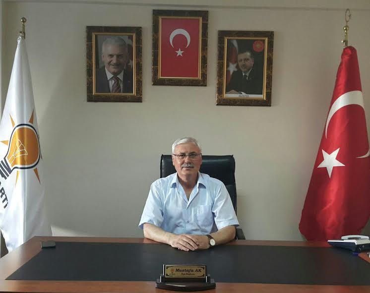 AK Parti Adapazarı İlçe Başkanı Mustafa Ak'tan Bayram Mesajı