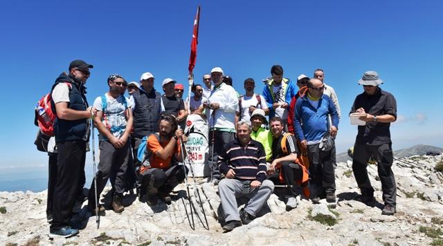 Başkan Altepe, dağcılarla Uludağ´ı arşınladı