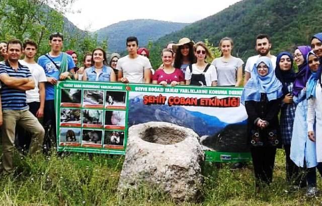 Tabiat Baba Parkını öğrenciler gezdiler